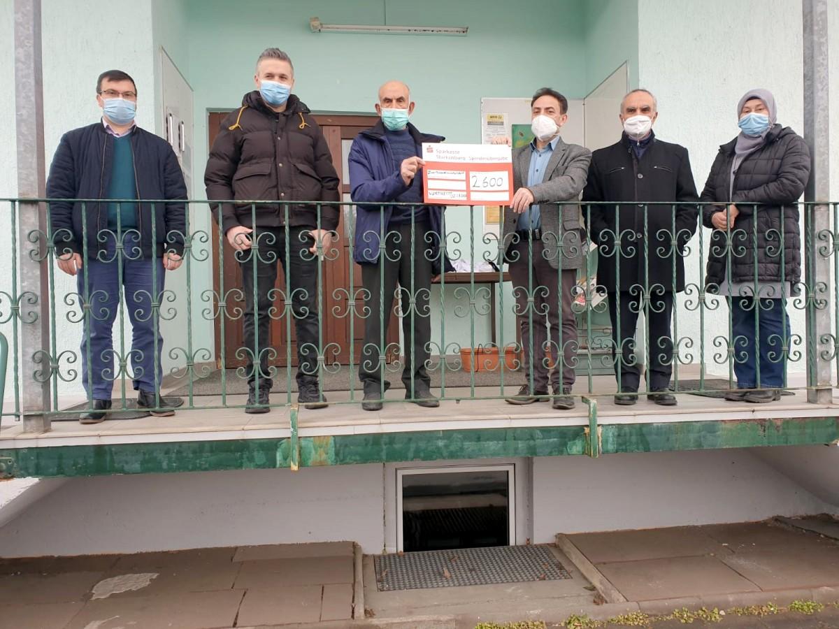 Viernheim'de cami derneklerinden evi yanan ailelere yardım eli