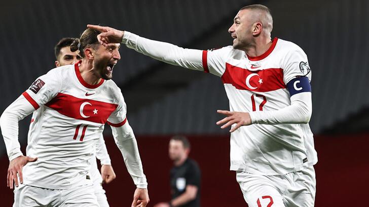 Avrupa basını Türkiye-Hollanda maçına geniş yer ayırdı