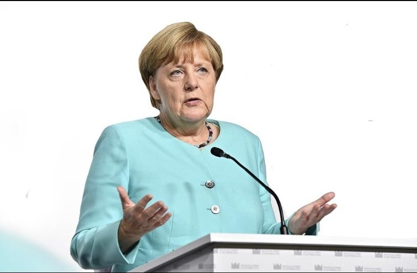Angela Merkel'den Türkçe Ramazan mesajı