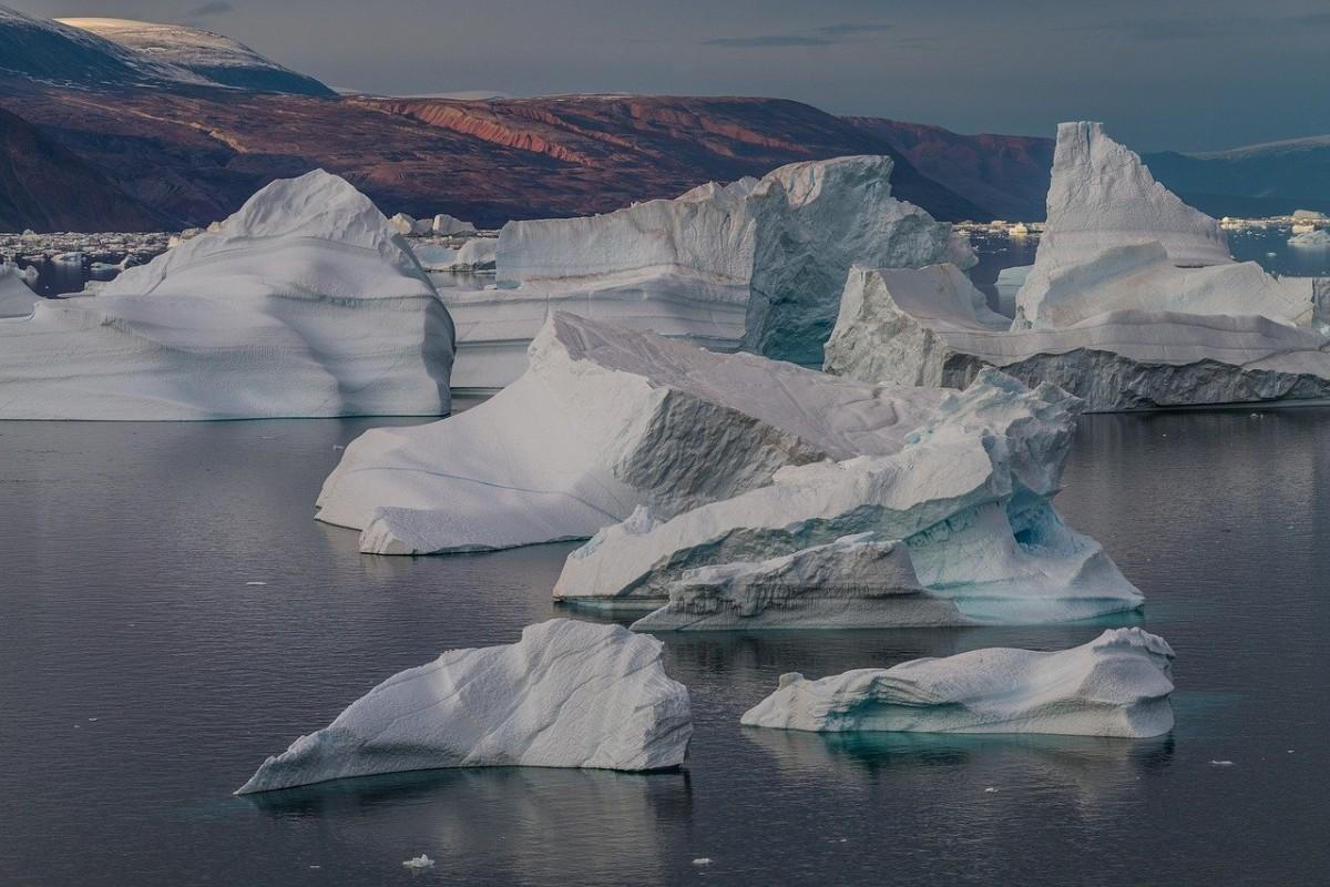 Dünyanın en büyük buz dağı eridi
