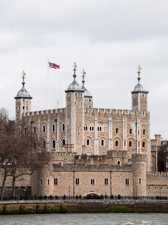 Kraliçe II. Elizabeth 95 yaşına girdi