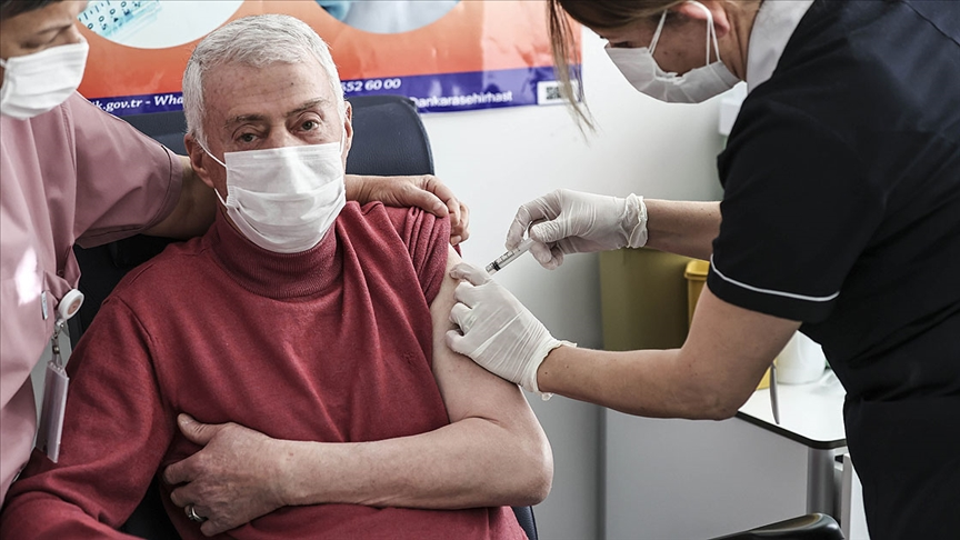 Rusya'dan 30 milyon doz aşı alınmak isteniyor