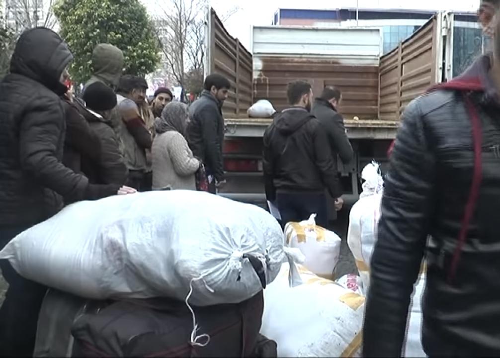 Suriyeli mültecilerin geri gönderilmesi protesto edildi