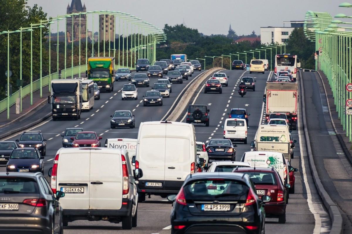 Trafik cezaları 3 kat arttırıldı! Ufak kural ihlali bile cep yakacak