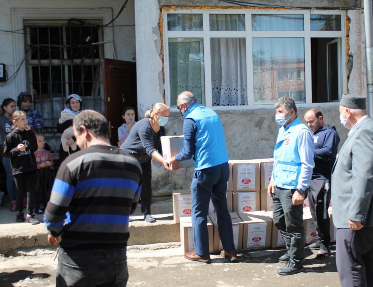 DİTİB'den Gürcistan'daki 700 ihtiyaç sahibi aileye gıda yardımı