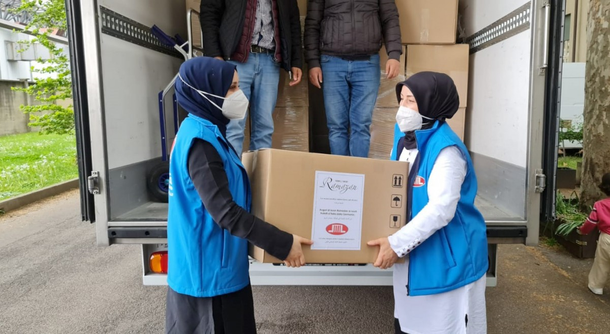DİTİB'den İtalya'daki mülteci kamplarına Ramazan yardımı