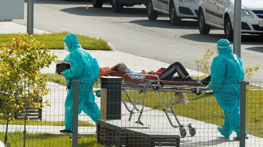 Korona nedeniyle son 24 saatte 284 kişi daha hayatını kaybetti
