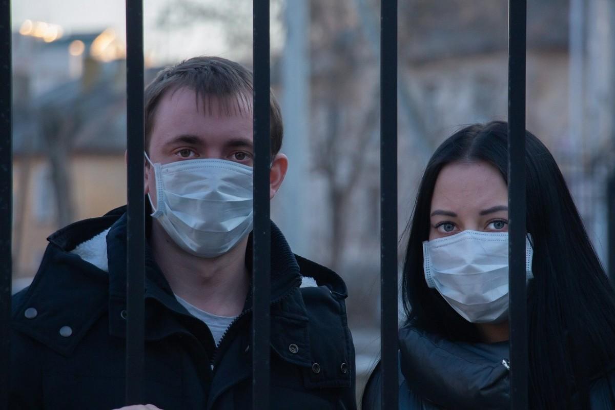 Belçika'da kamuoyuna açık alanlarda maske zorunluluğu kaldırıldı