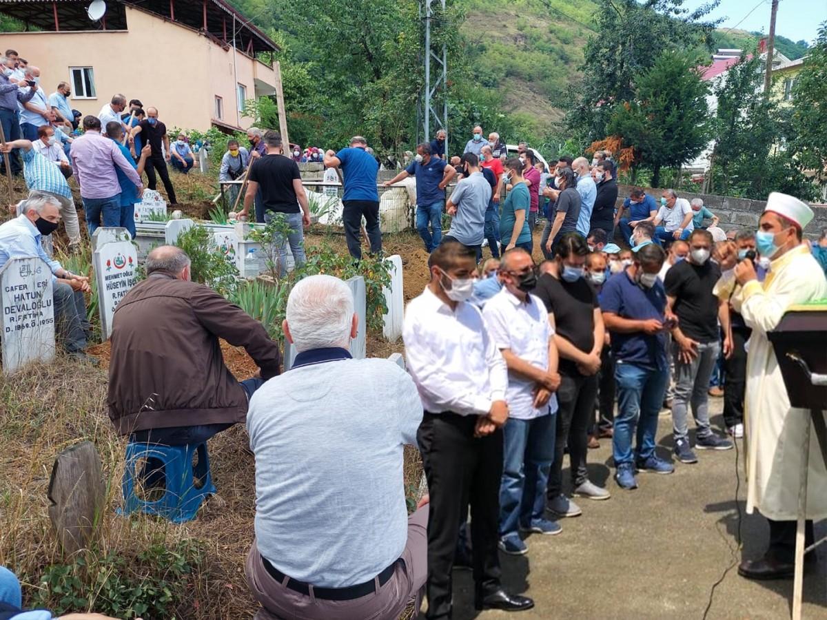 Güney Bavyera DİTİB Eyalet Birliği Başkanı Şenol İşçi memleketi Trabzon'da son yolculuğuna uğurlandı