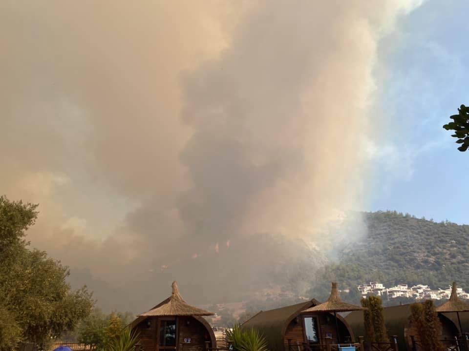 Yangının Termik Santrale Doğru İlerlemesi Endişeyi Artırdı