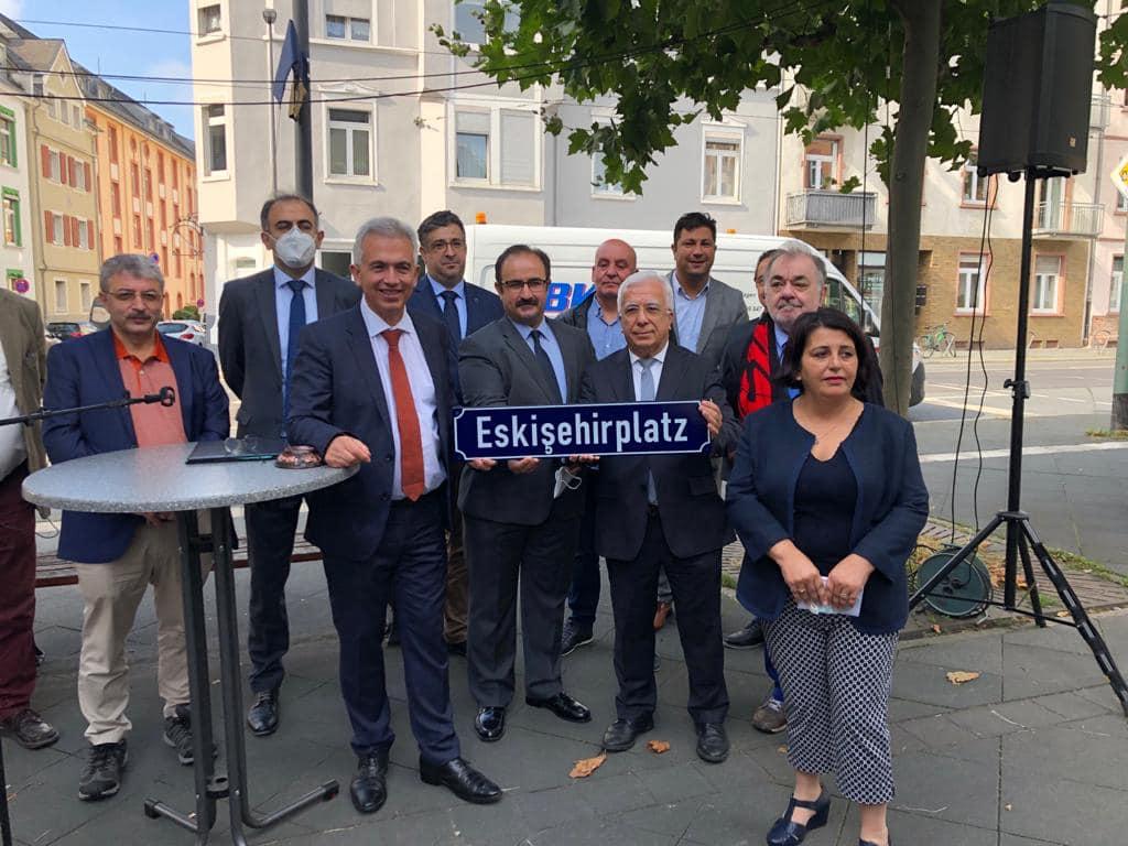 Frankfurt'a Eskişehir Meydanı Açıldı