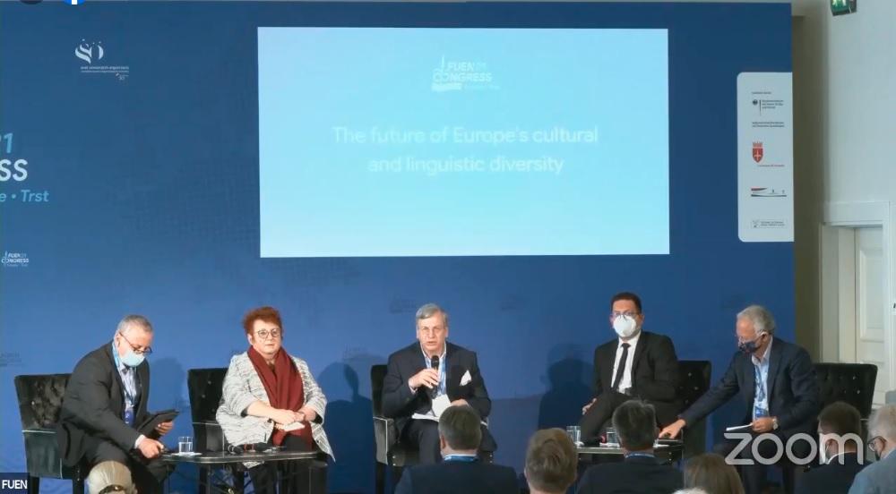 FUEN Kongresi'nde Avrupa'daki Azınlık Sorunları Tartışıldı