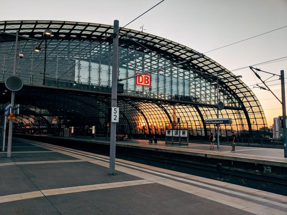 Alman Demiryolları ve İşçi Sendikası uzlaştı