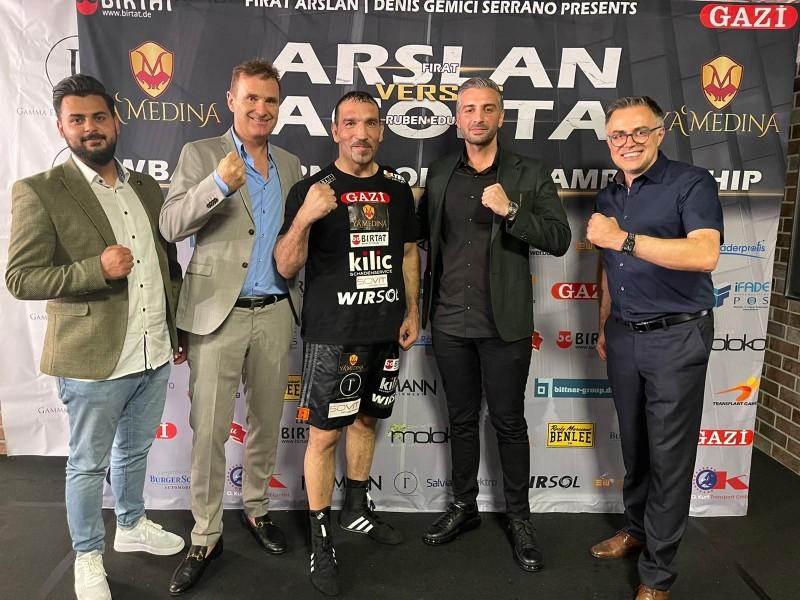 Türk Boksör WBA Dünya Kıtalararası Boks Şampiyonu Oldu